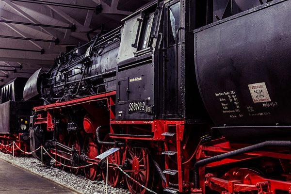 Historische Eisenbahn-Ausstellung im Oldtimer Museum Rügen in Prora